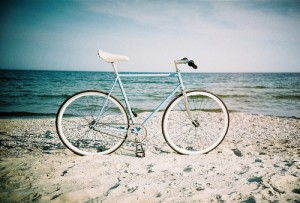 beach-bicycle-bike-blue-ocean-Favim.com-225093